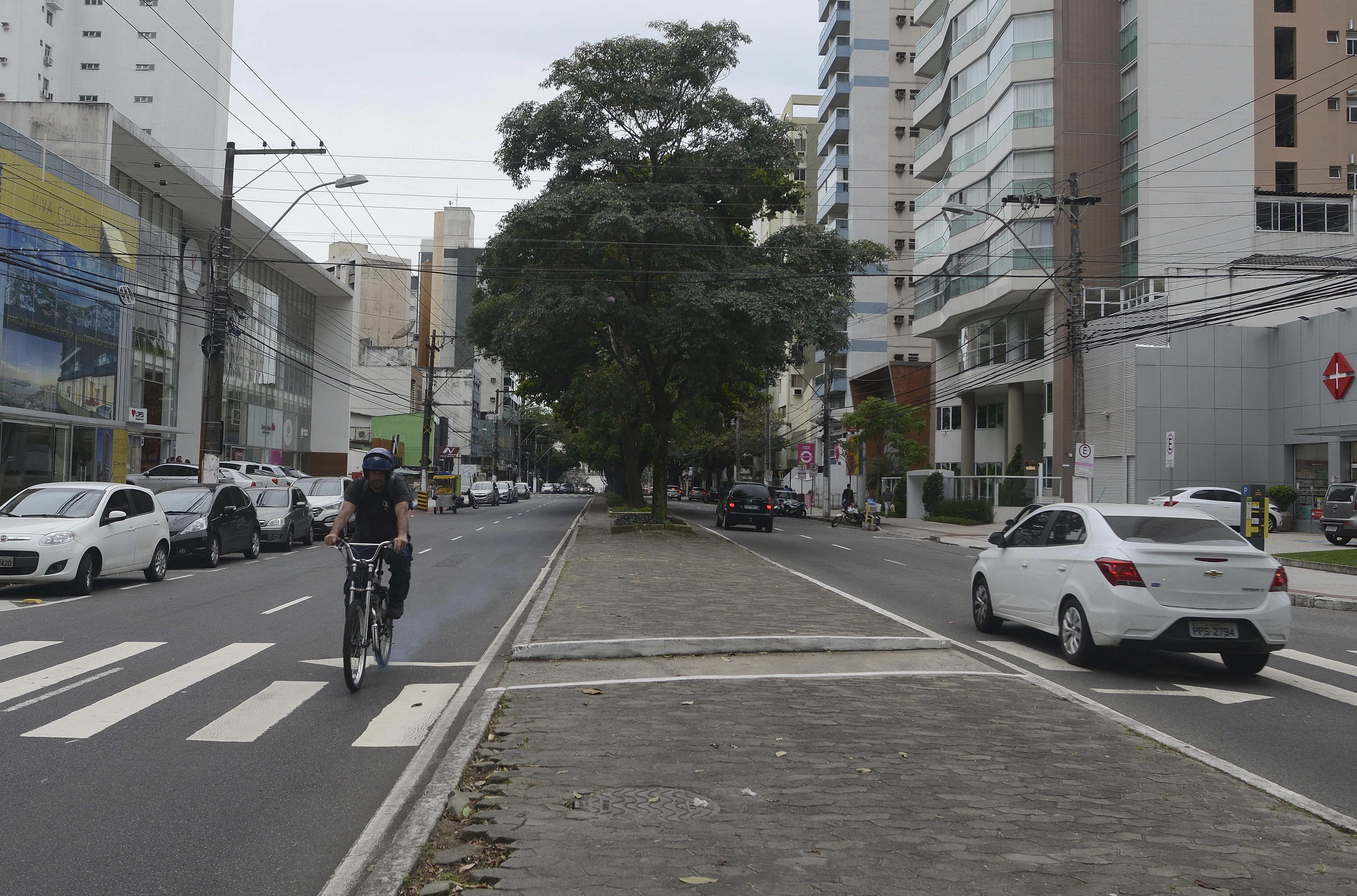 Avenida Rio Branco, em Vitória, está entre os trechos que receberá ciclovia - Foto: Chico Guedes