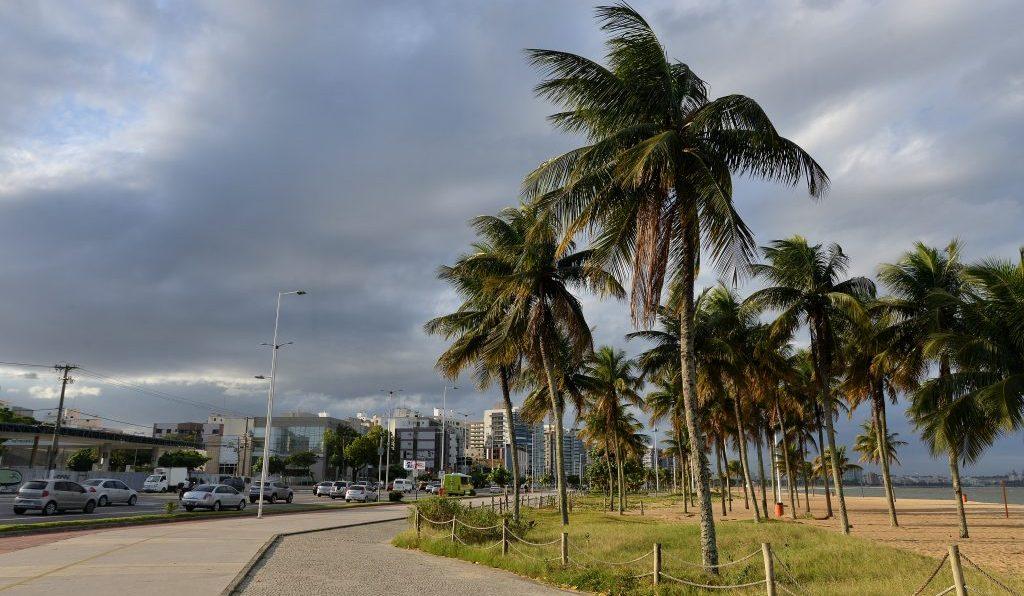 Marinha emite aviso de ventos de até 74 km/h no litoral capixaba. Foto: Chico Guedes/MetroES