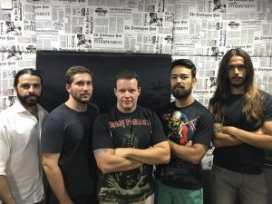 Heavy metal e os riffs pesados da banda Piece of Maiden