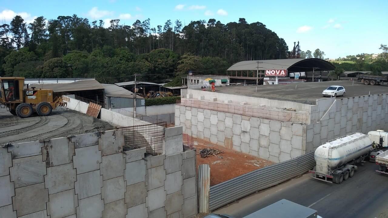 Obras BR-101 em Viana