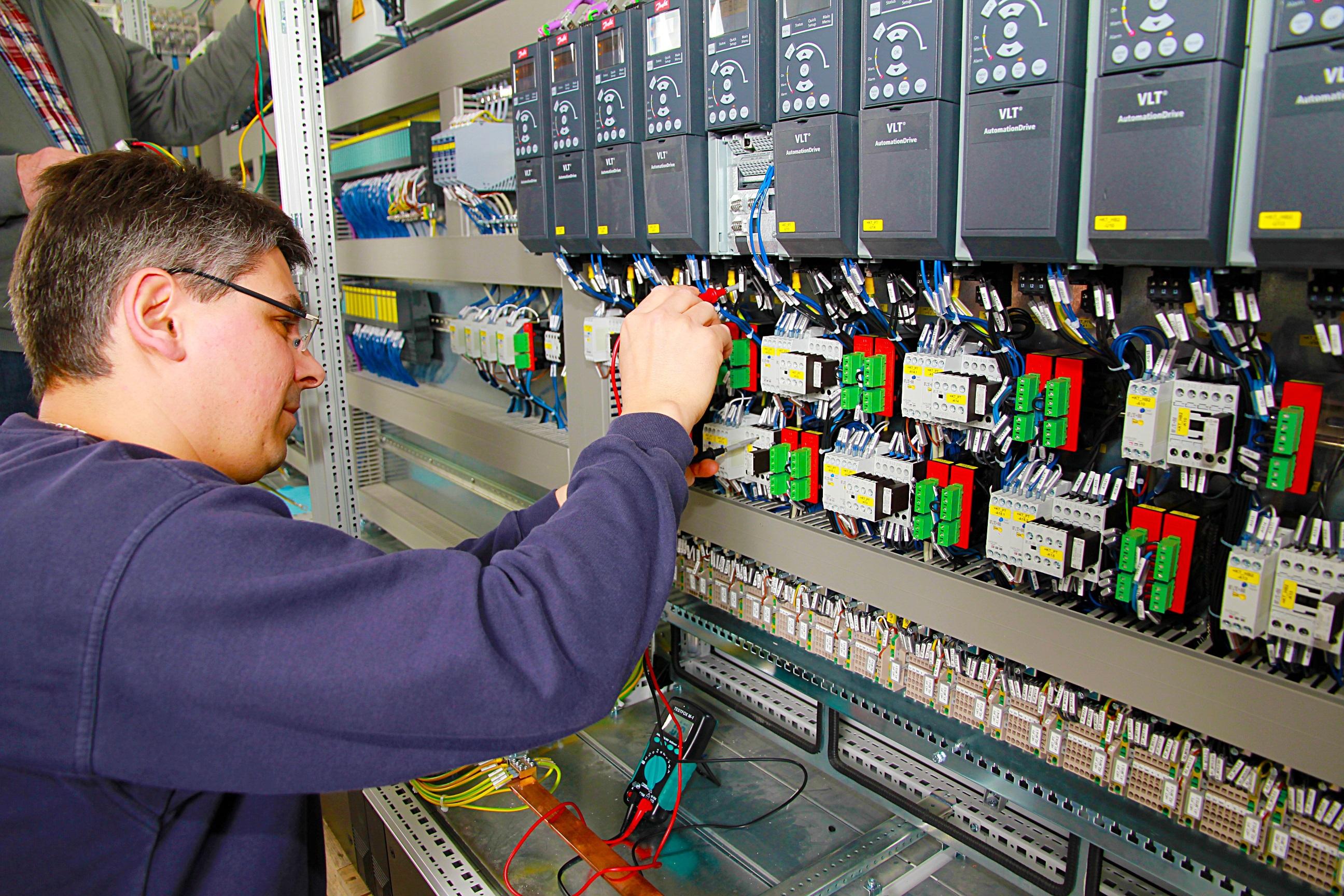 Produção industrial cai 0,2% em maio ante abril