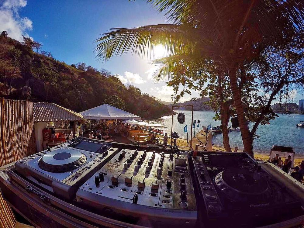 Love Sessions, Nook Beach Club