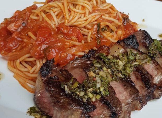 Baby Beef com Spaghetti do Brasa Prime. Foto: Lucas Nunes
