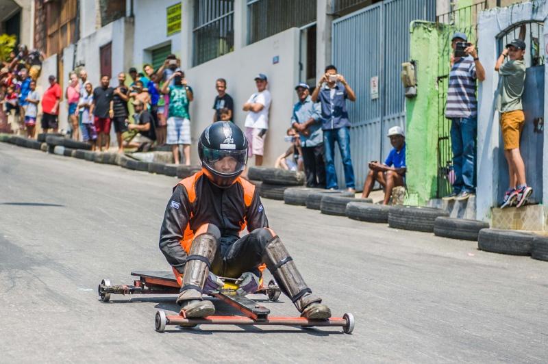 Corrida de rolimã leva velocidade e diversão para o Bairro da Penha. Foto: Leonardo Silveira/Prefeitura de Vitória