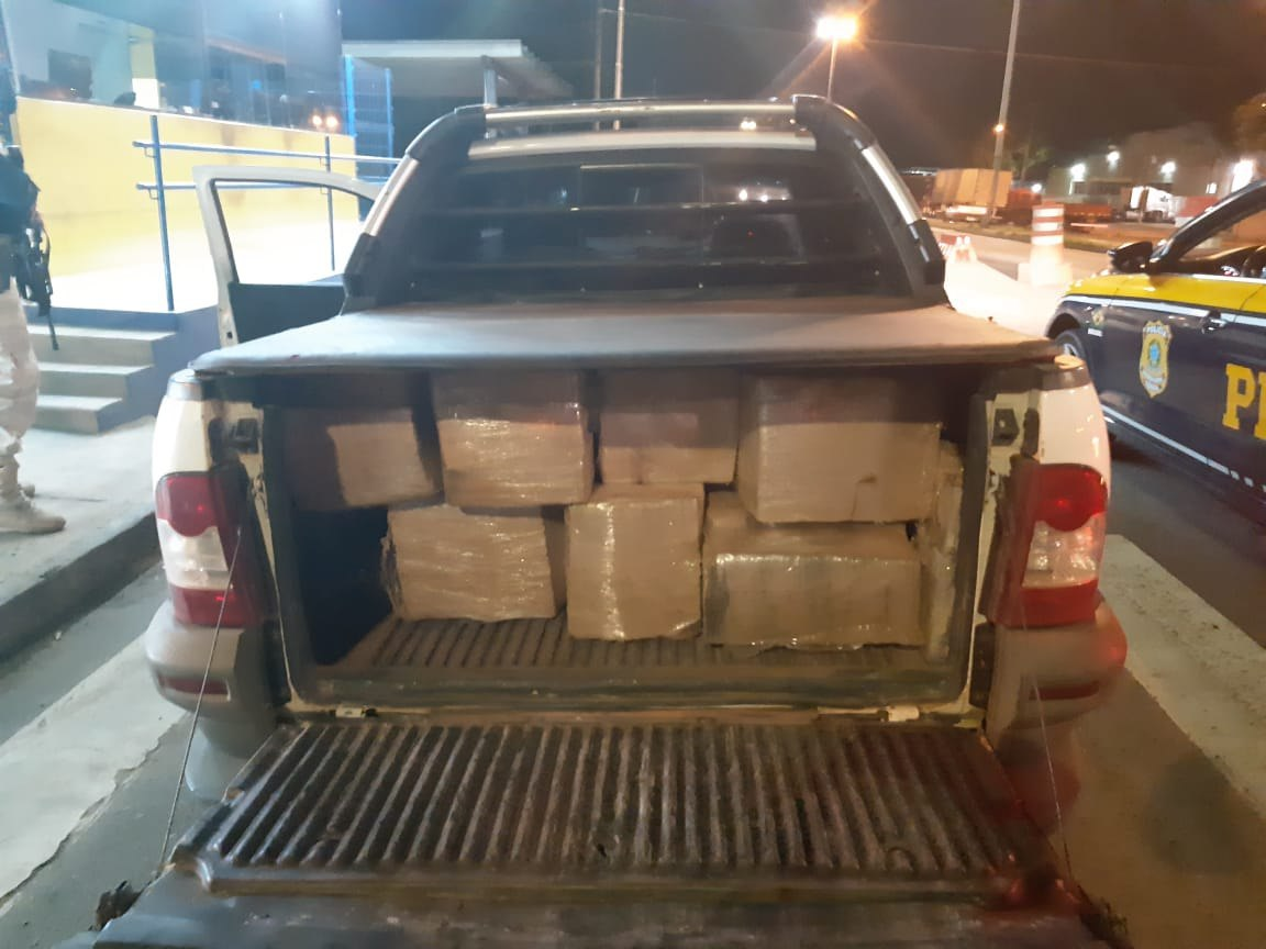 PRF apreende 400kg maconha