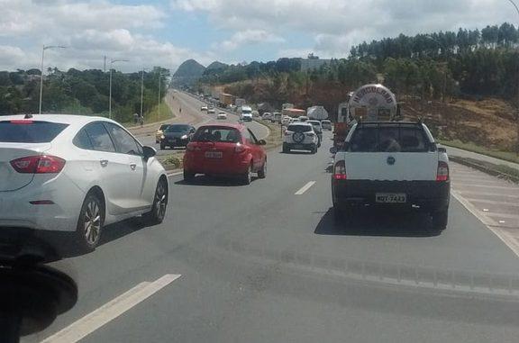 Obras na BR 101 Norte deixa motoristas parados no trânsito. Foto: Ouvinte/Band News FM