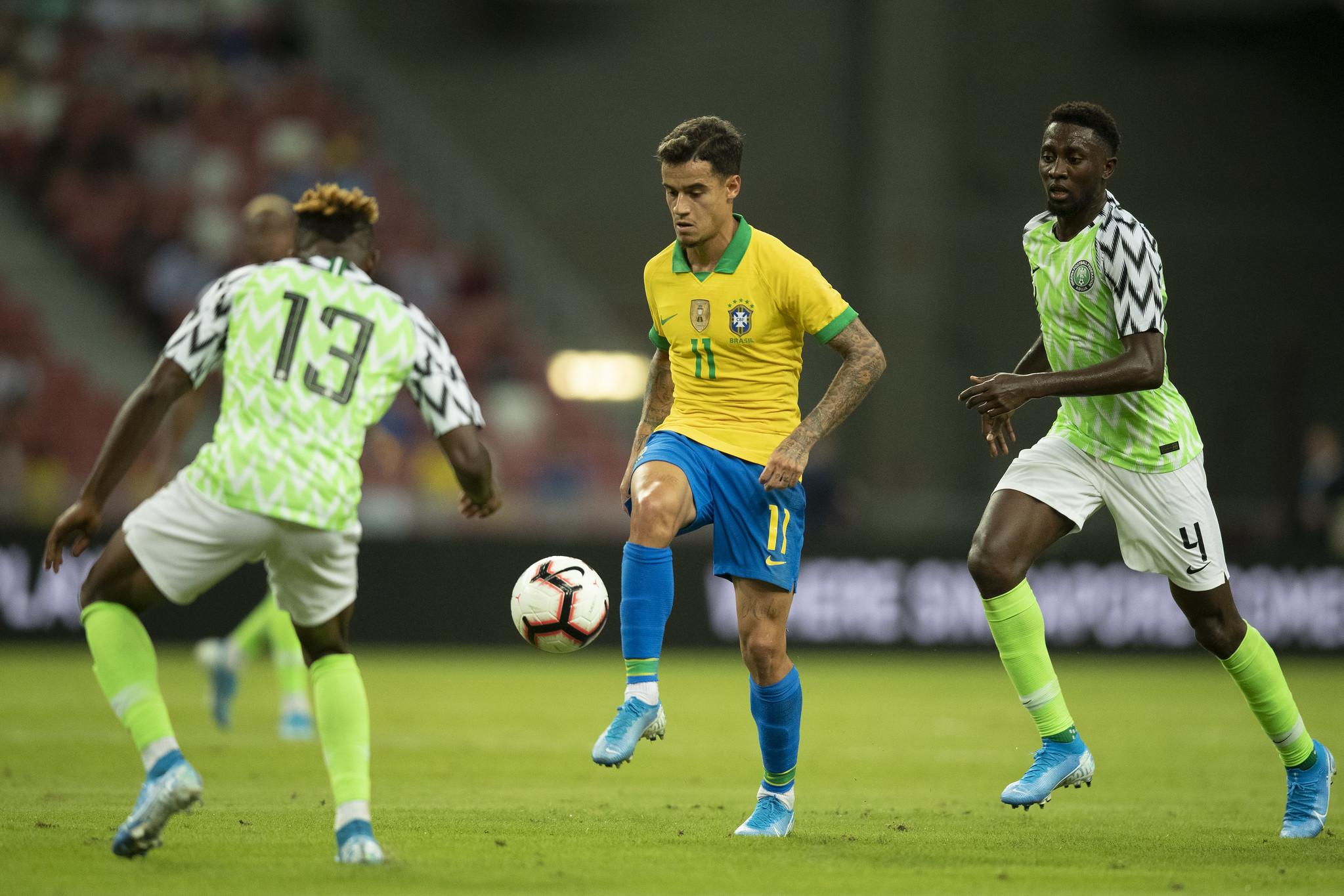 Aos 40 minutos do segundo tempo, Philippe Coutinho (foto) teve a chance de virar a partida mas viu a zaga nigeriana impedir o gol. Foto: Lucas Figueiredo/CBF