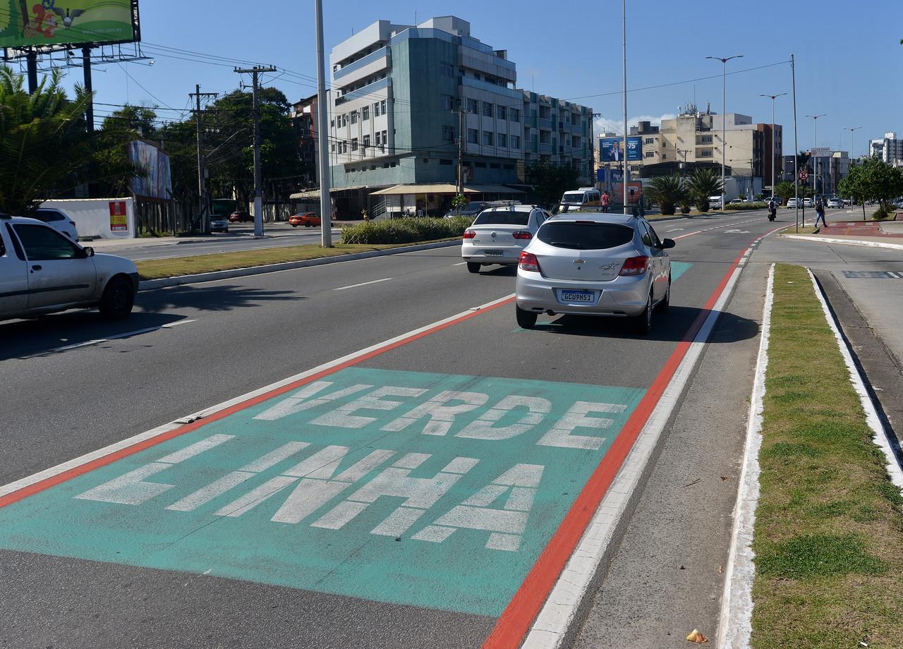 Linha Verde foi criada para priorizar o transporte público. Foto: Chico Guedes