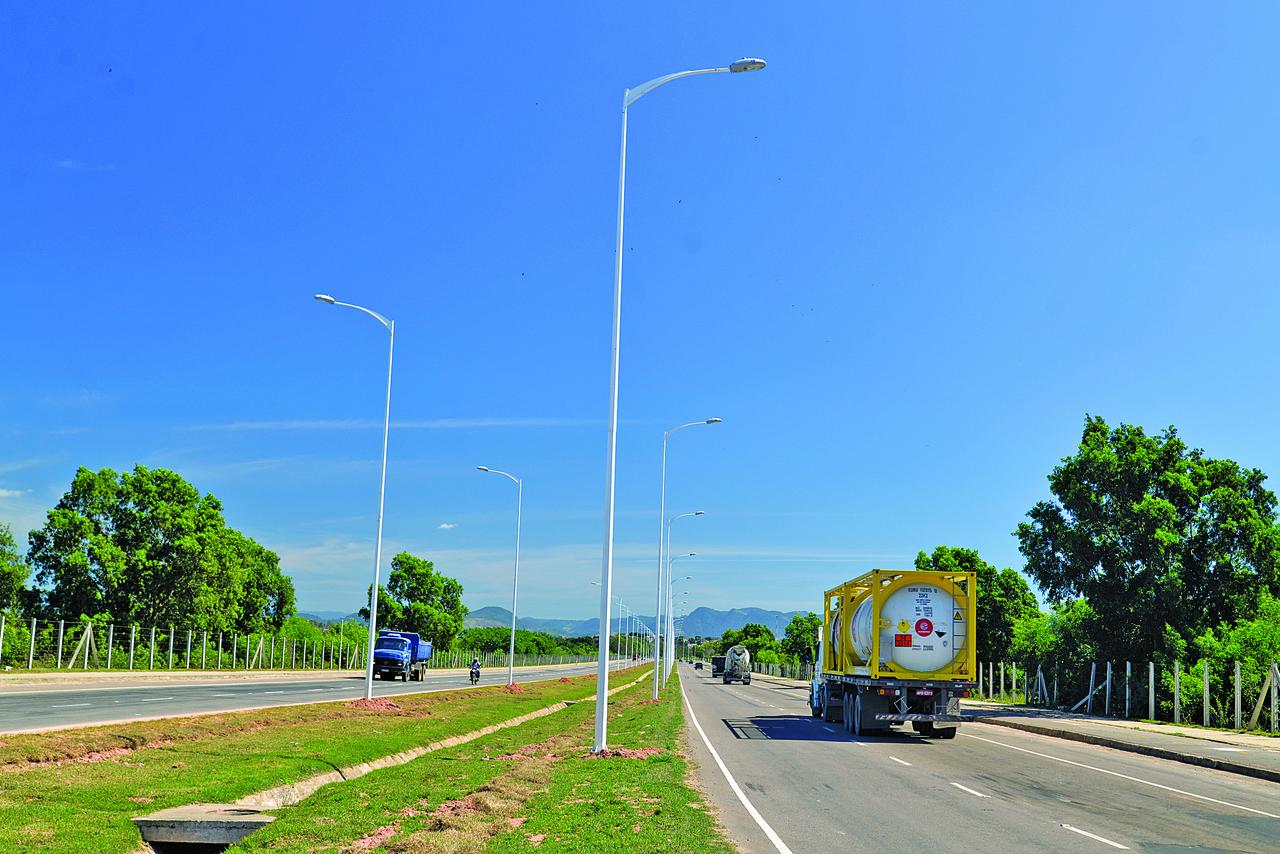 Previsão é de que postes de Vila Velha comecem a funcionar a partir de 20 de novembro. Foto: Divulgação/PMVV