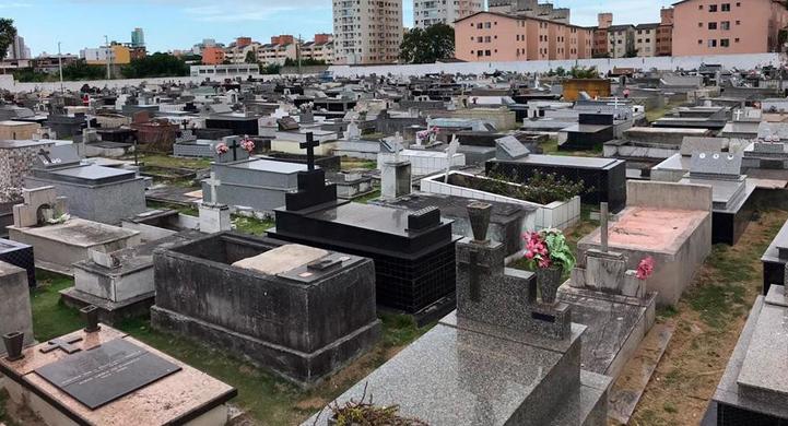 Prefeitura da Serra faz limpeza em cemitérios. Foto: Divulgação/Prefeitura Municipal da Serra