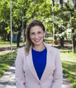"""Ethel Maciel representa a chapa """"Juntos pela Ufes"""" e tem como candidato a vice-reitor o professor Roney Pignaton da Silva. Foto: Divulgação"""