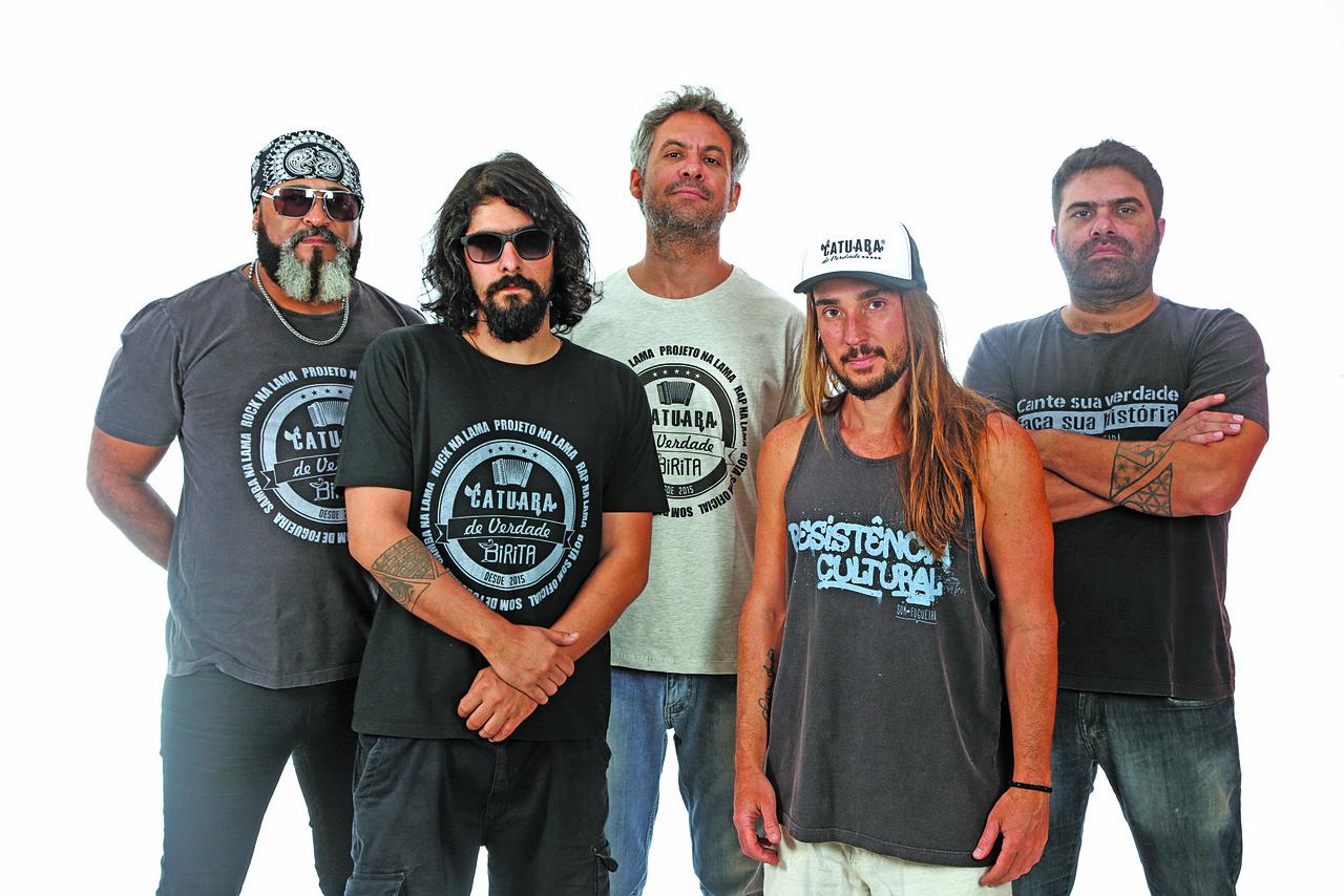 No domingo, a banda Som de Fogueira se apresenta no Rooftop da Praia. Foto: Divulgação