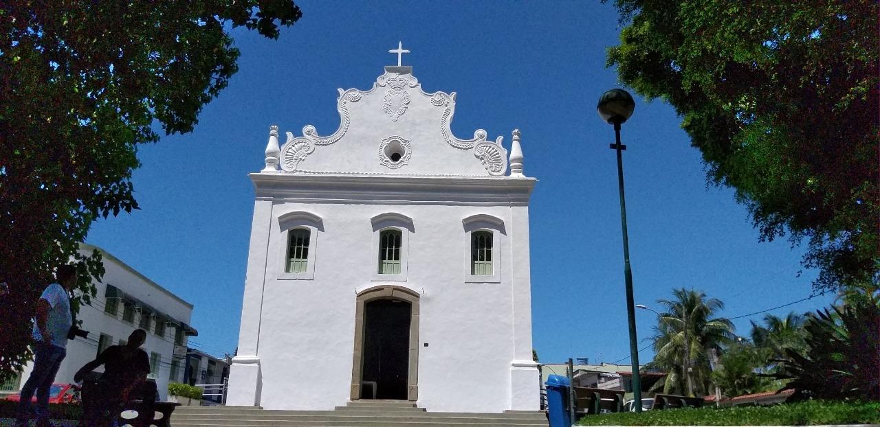 Concertos serão realizados dentro da igreja. Foto: Felix Falcão