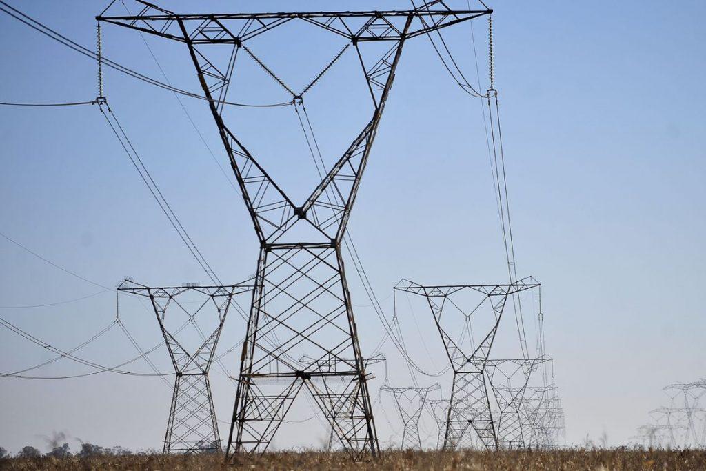 Linhas de transmissão de energia; energia elétrica; luz. Foto: Marcello Casal jr/Agência Brasil