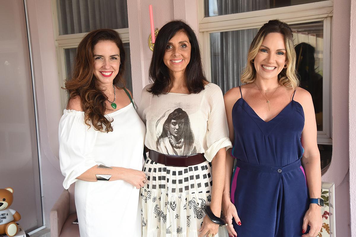 Georgia Mendonça, Denise Barreto e Roberta Drummond em bate-papo sobre design. Foto: Cloves Louzada