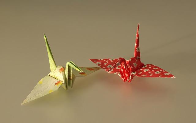 Tsuru é um tipo de origami japonês. Foto: Pixabay