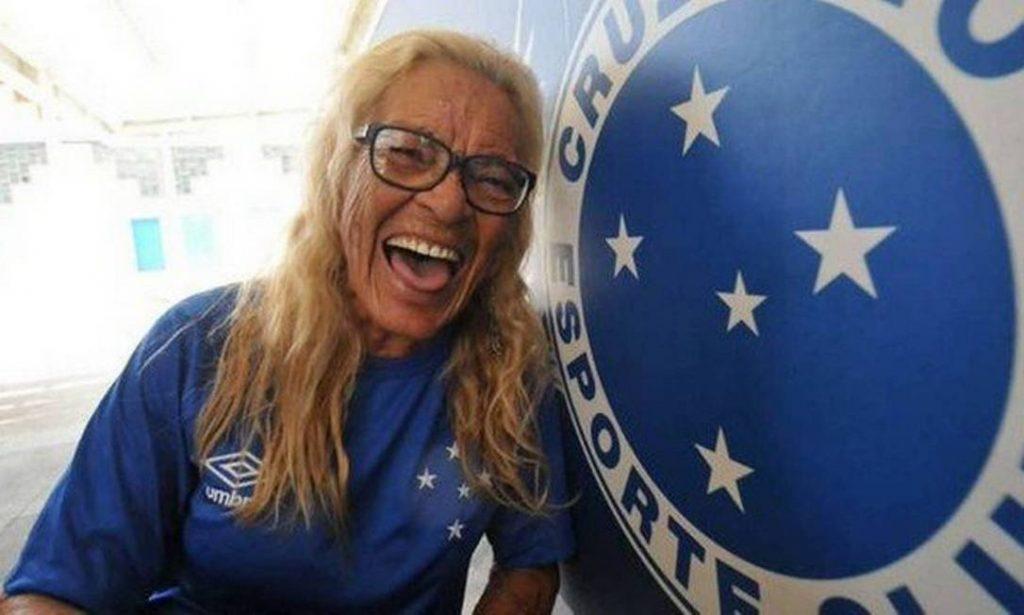 Aos 86 anos, morre Dona Salomé, torcedora símbolo do Cruzeiro. Foto: Divulgação/Mineirão