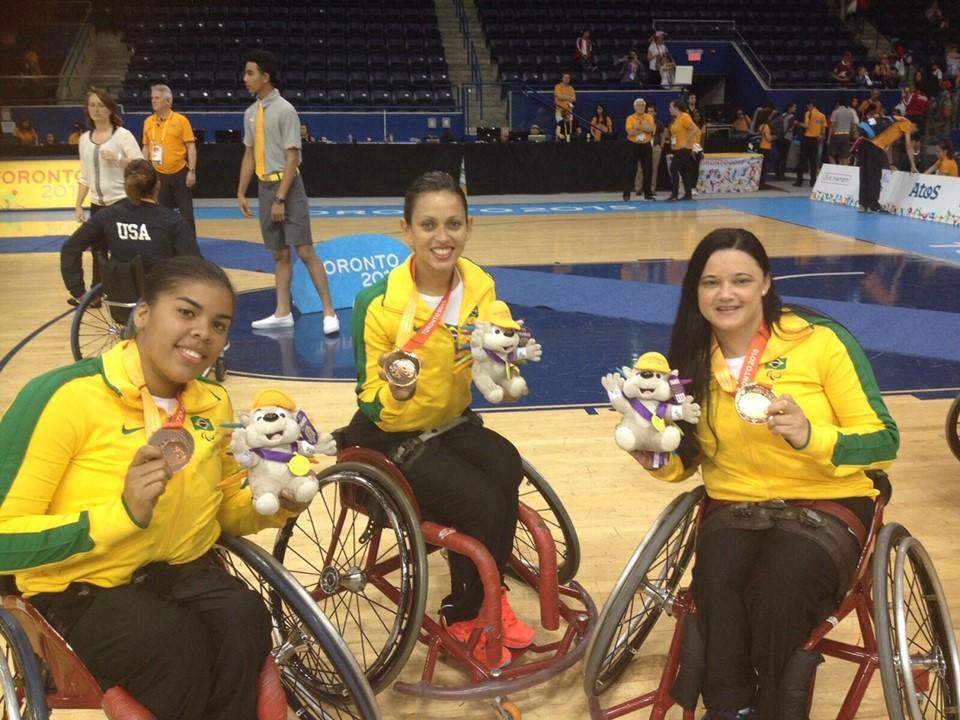 Atletas paralímpicas do basquete de rodas capixaba.