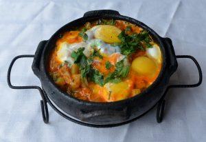Moquequinha de chuchu com ovos. Serve duas pessoas e custa, em média, R$ 4,50. Foto: Chico Guedes
