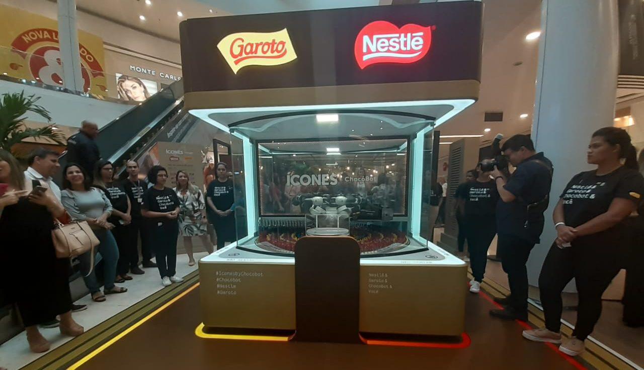 O quiosque Ícones foi montado no térreo do shopping Vitória, na Capital. Foto: Vinicius Arruda