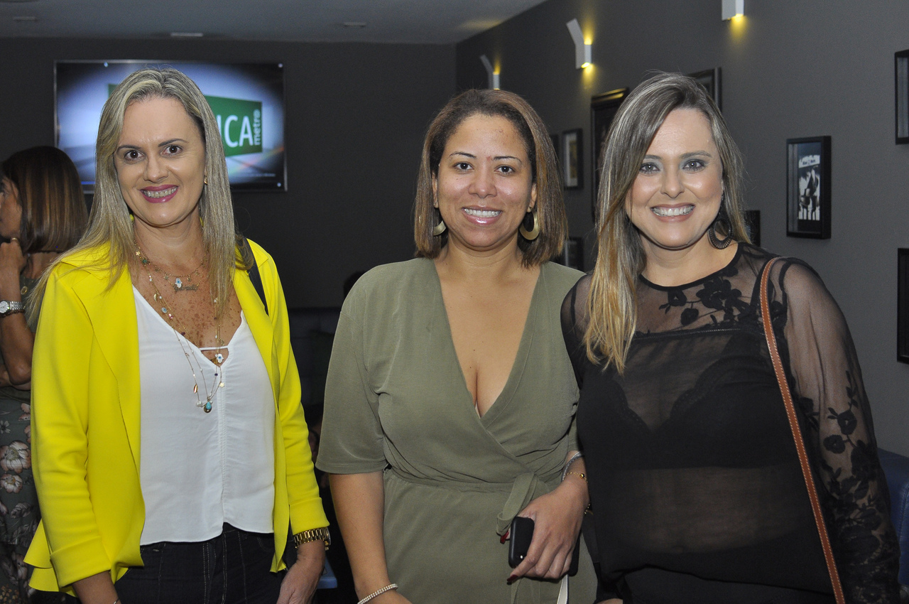 Zilane Gava, Denise Jacinto e Carla Gava. Foto: Pepê