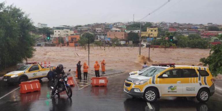 Nesta terça-feira, na região central de Belo Horizonte, choveu 175,mm, a metade do que era esperado para o mês inteiro. Foto: Divulgação/PBH