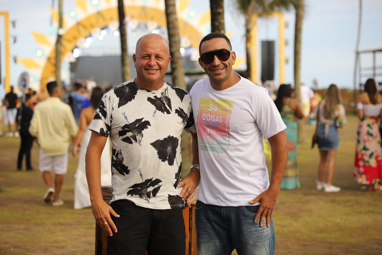 Cícero Ribeiro e Nelinho Miranda comandam os shows no verão 2020 do Cafe. Foto: Leo Gurgel