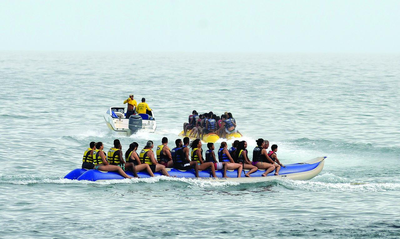 Praias estão cheias de atrações para os banhistas. Foto: Chico Guedes