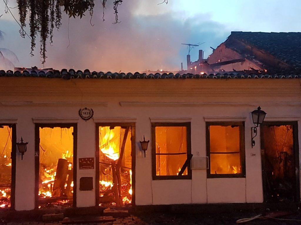 Três crianças morrem em incêndio em Paraty. Foto: Arquivo Pessoal