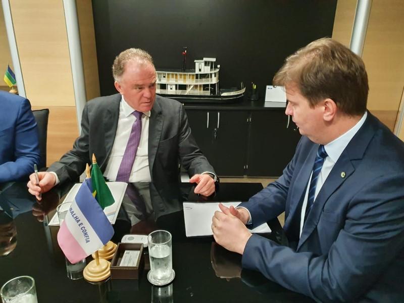Casagrande se reuniu nessa segunda-feira com o ministro Canuto. Foto: Giovani Pagotto/Secom