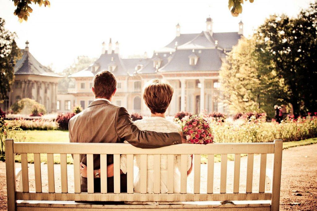 Casal; amor; romance. Foto: Pixabay