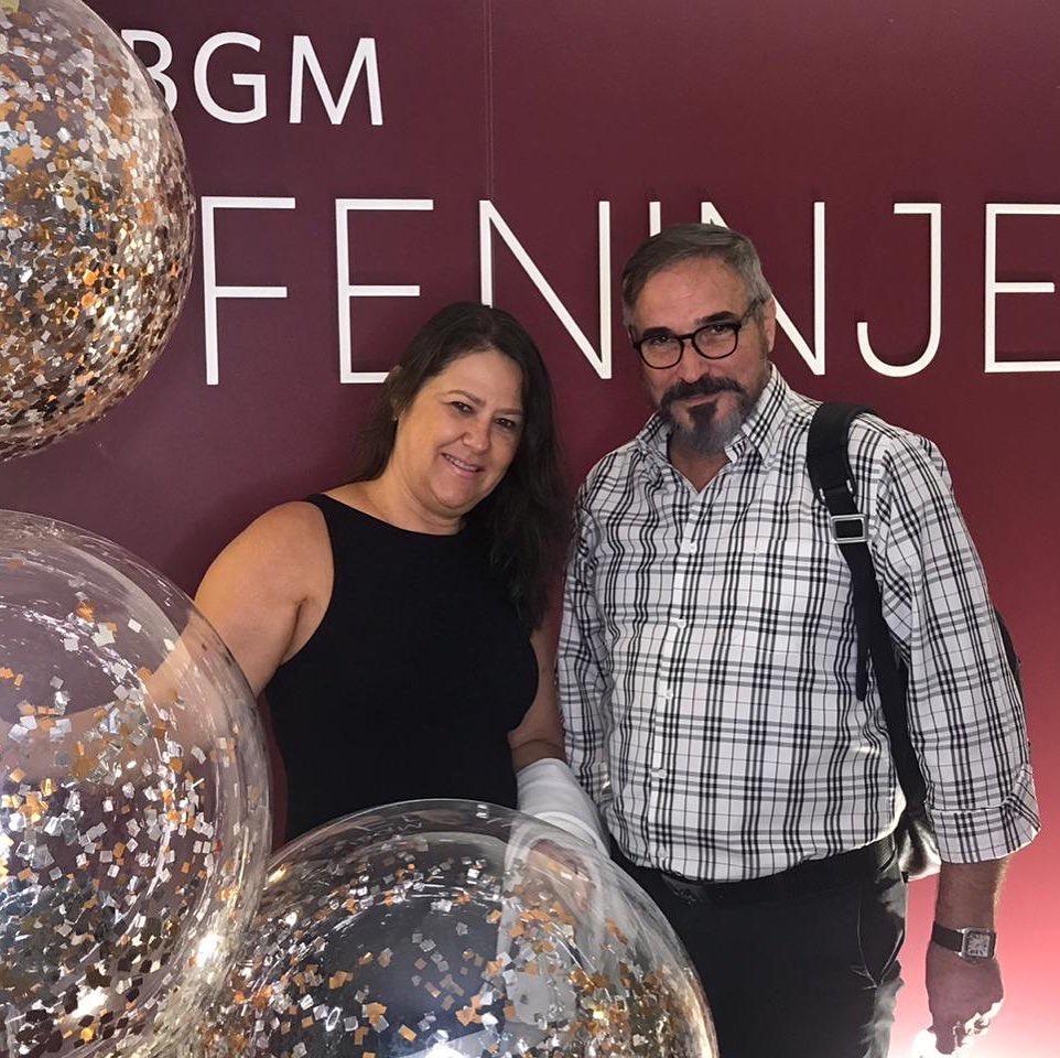 Celina e Oswaldo Moscon em feira de joias, em São Paulo. Foto: Arquivo pessoal
