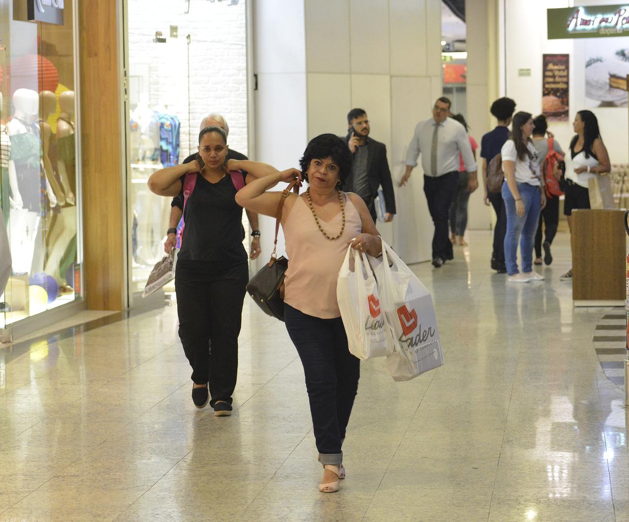 Liquidação no shopping Praia da Costa começa amanhã. Foto: Chico Guedes