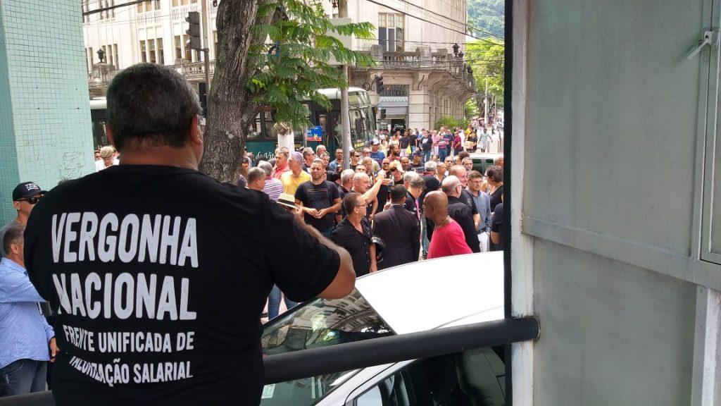 Manifestação de policiais no Centro de Vitória. Foto: Chico Guedes