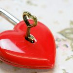 O poder do coração: o amor é a chave da felicidade. Foto: Bruno Germany/Pixabay