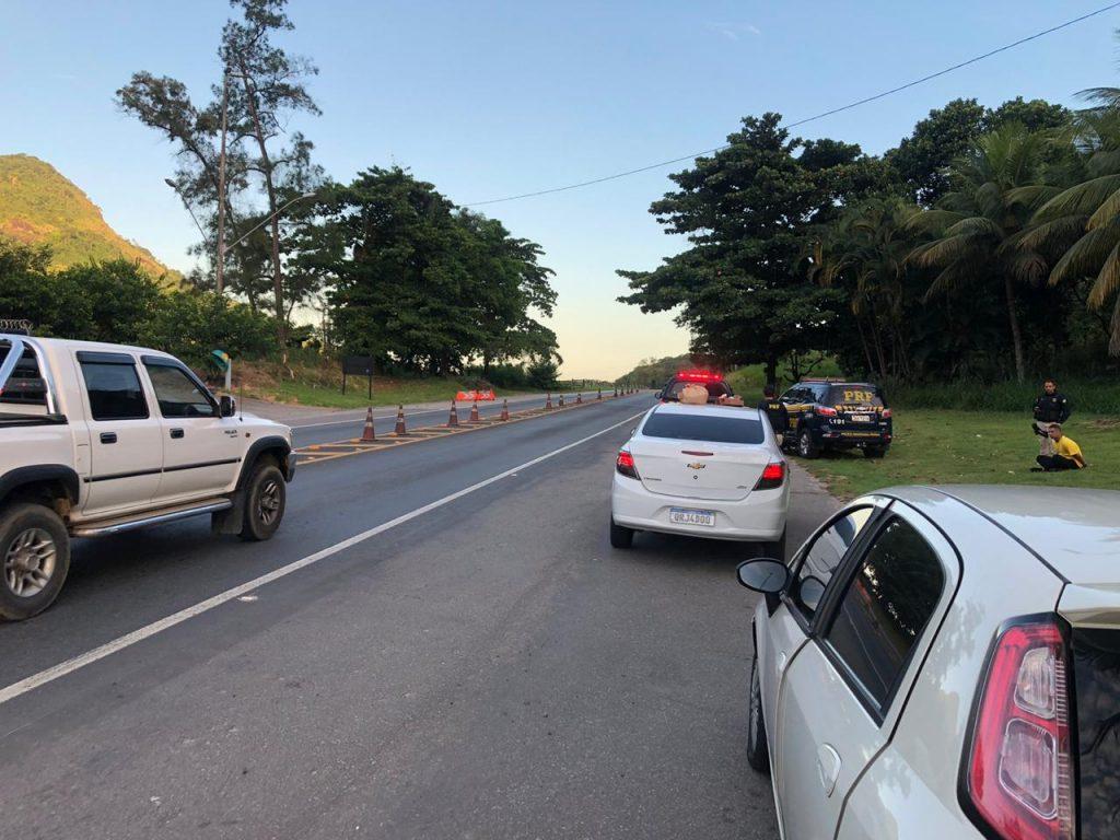 Polícia Rodoviária Federal prende criminoso suspeito de ordenar ataques em Vitória. Foto: Divulgação/PRF