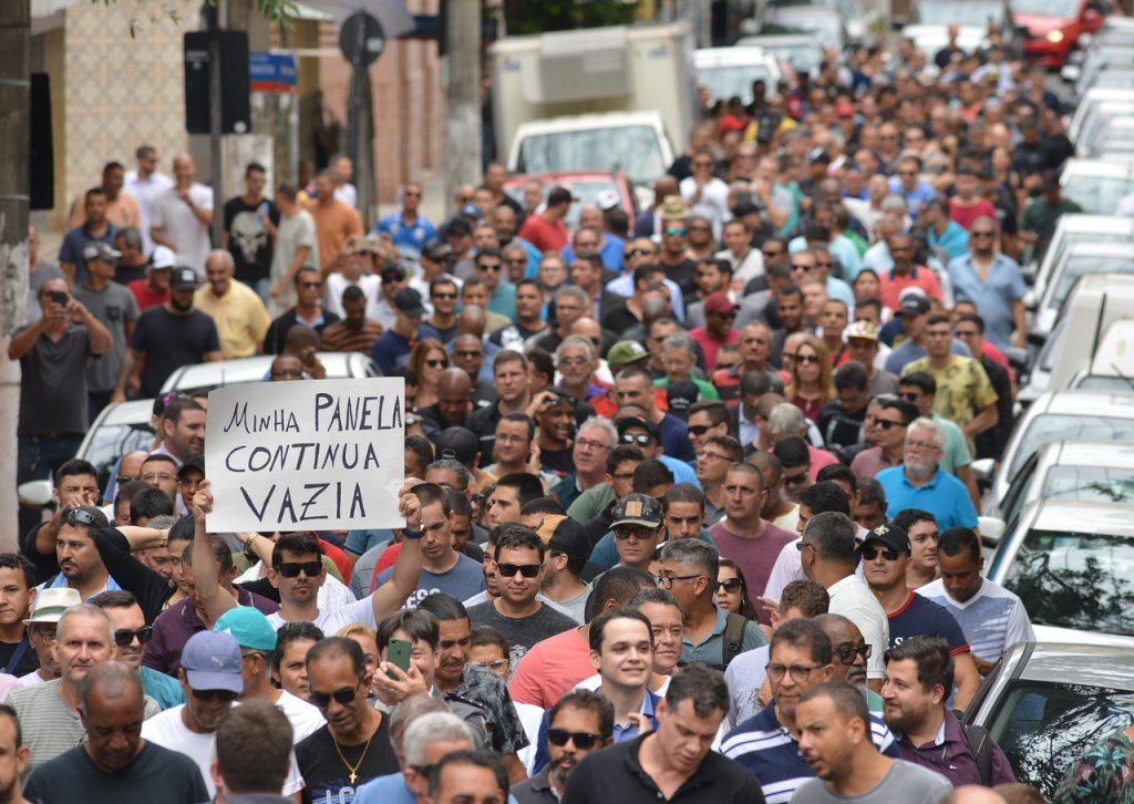 Há uma semana, policiais foram às ruas. Foto: Chico Guedes