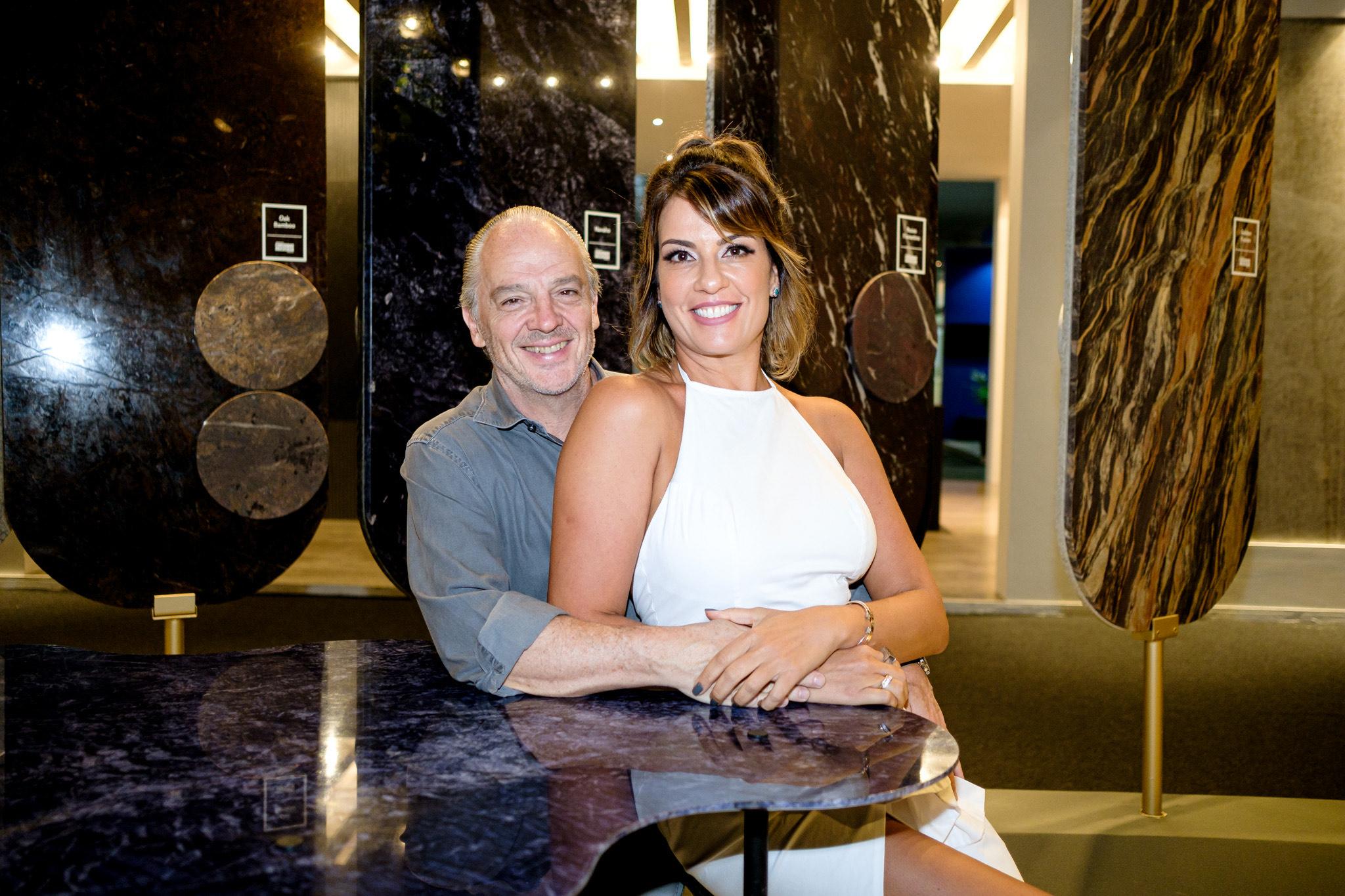 Raul Penteado e Renata Malenza na Feira de Mármore e Granito. Foto: Camilla Baptistin