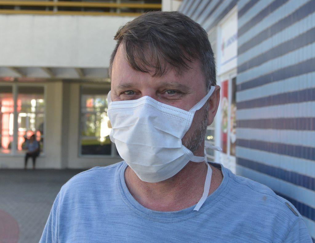 Wanderson Almeida no Hospital Estadual Dr. Jayme Santos Neves. Foto: Chico Guedes