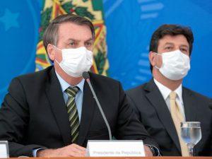 Bolsonaro pedirá a Mandetta isolamento só para idosos e pessoas com doenças