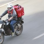 Delivery de comida; motoboy. Foto: Marcello Casal Jr./Agência Brasil