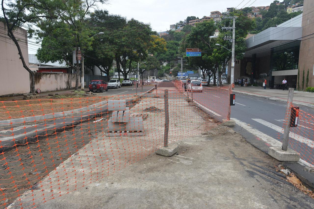 Pista terá mão única no sentido avenida Leitão da Silva. Foto: Chico Guedes