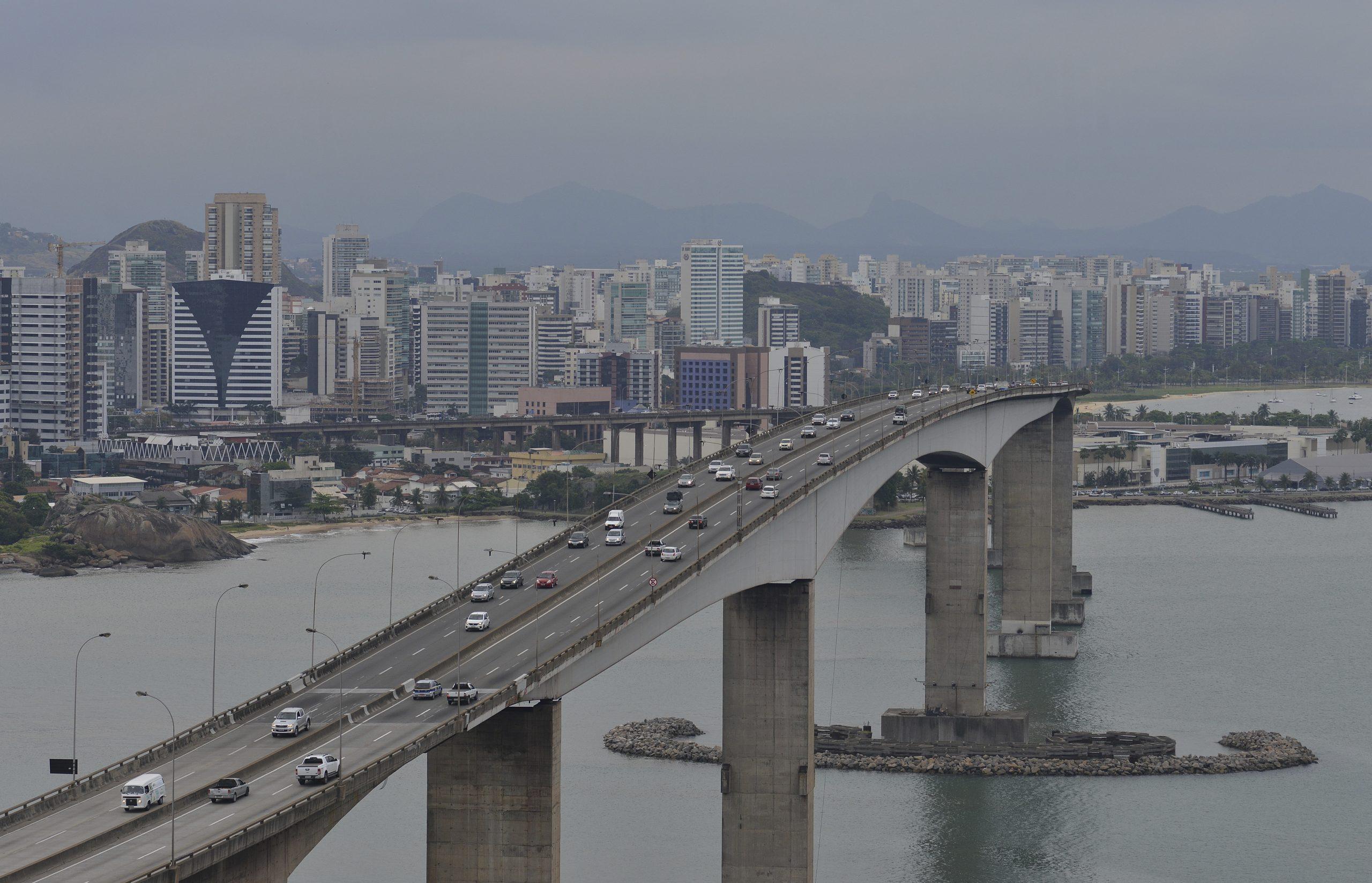Ponte também terá ciclovia nas laterais, com mirante. Foto: Chico Guedes