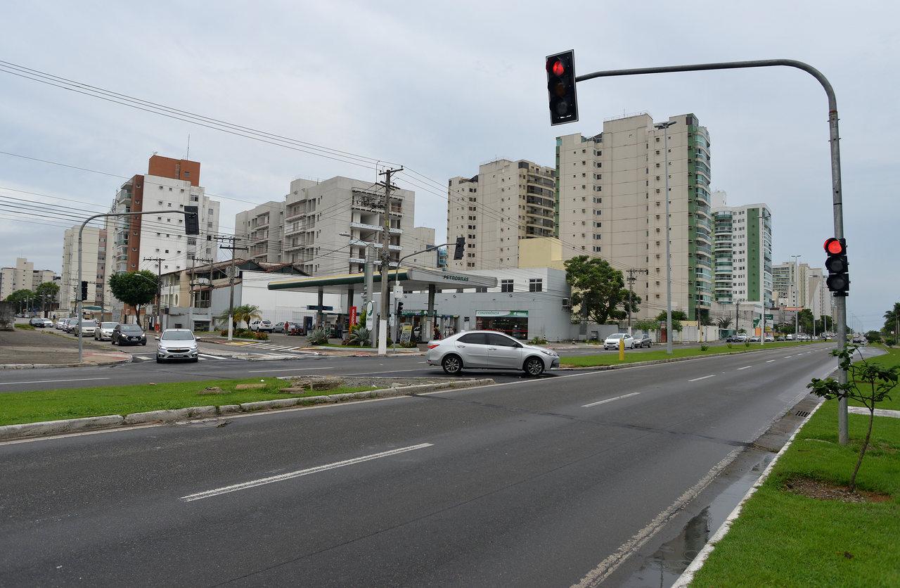 Saída pela rua Carlos Gomes Lucas foi aberta há algumas semanas. Foto: Chico Guedes