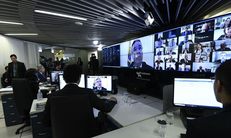 Senado vota nesta segunda auxílio de R$ 600 para autônomos e informais. Foto: Jane de Araújo/Agência Senado