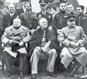 Churchill, Roosevelt e Stálin no encontro de Ialta. Foto: Arquivo