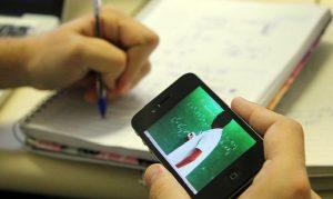 Aluno faz aula online para o Enem. Foto: Divulgação/MCTIC