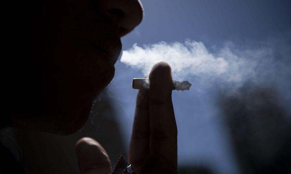Fumante. Foto: Marcelo Camargo/Agência Brasil