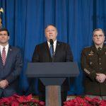 Ao centro, o secretário de Estado norte-americano, Mike Pompeo. Foto: Tia Dufour/Official White House
