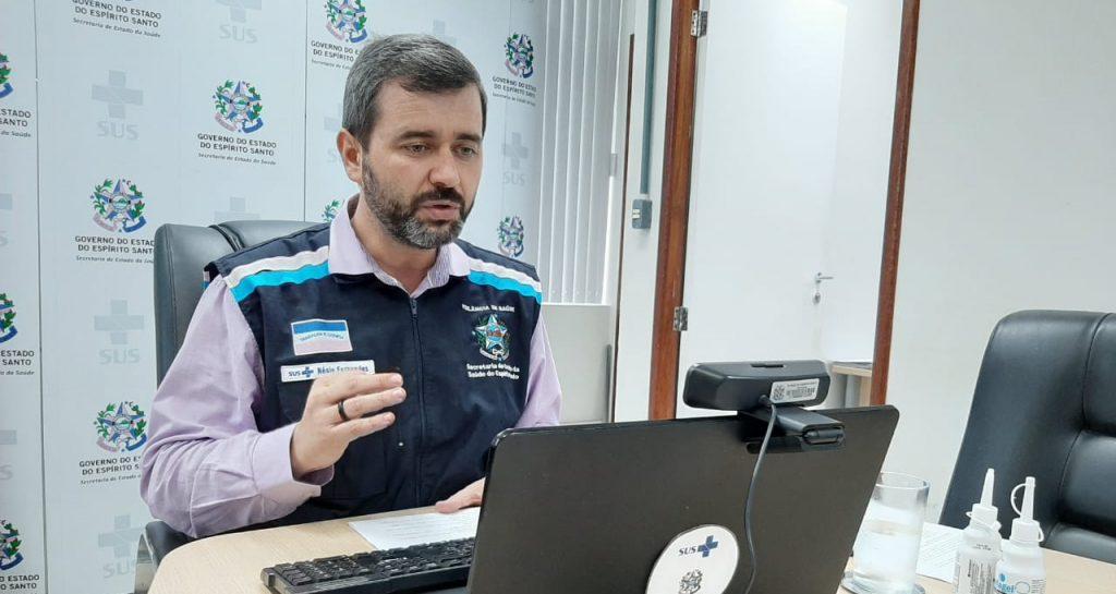 Secretário Nésio Fernandes confirma estabilização da covid-19 na Grande Vitória. Foto: Divulgação/Sesa